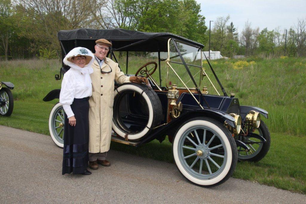jane-dave-lyon-1912-buick-sm